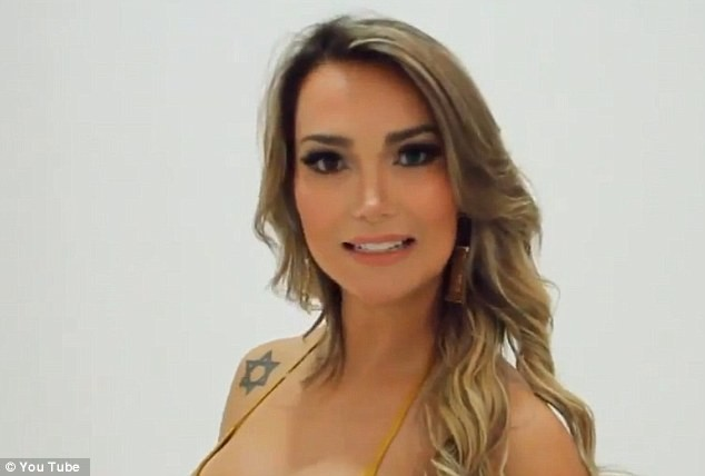 Eliana Amaral wants to be Miss Bumbum 2013 in Brazil