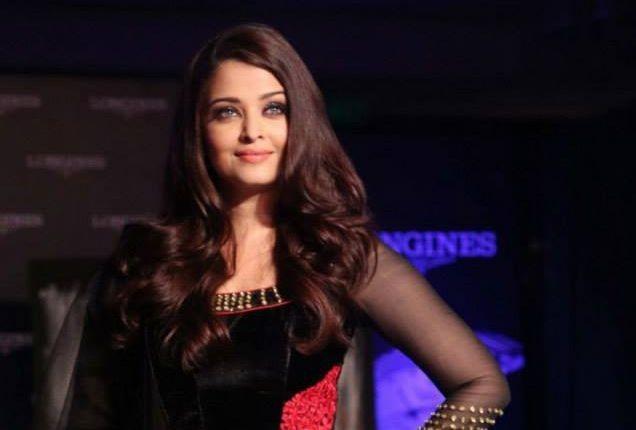 Black seems to be the hot favourite of Aishwarya Rai Bachchan. (Photo: AshOfficial/info/Facebook)