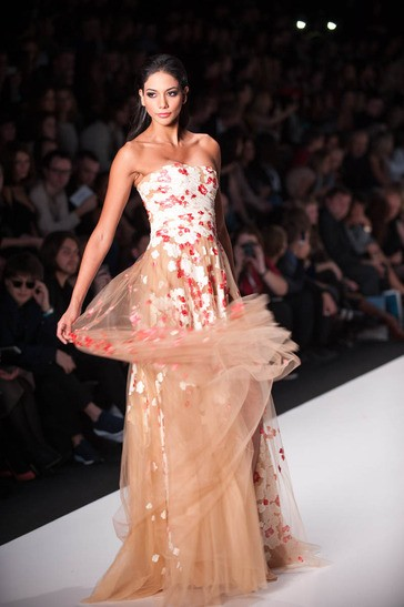 Carolina Brid, Miss Universe Panama 2013, walks the runway at the Tony Ward Fashion Show on October 26, 2013 during Mercedes Benz Fashion Week in Moscow, Russia [MissUniverse.com]