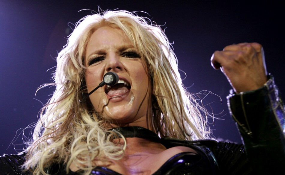 """Britney Spears Accused of Lip-Syncing For """"Britney Jean"""": Back Up Singer Myah Marie Doing All The Heavy Vocal Lifting?"""