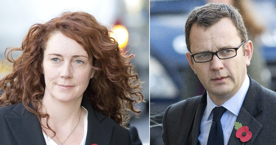 Rebekah Brooks (l) and Andy Coulson arrive at court for phone hacking trial PIC: Reuters