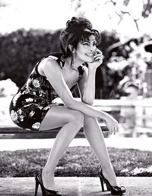 Priyanka Chopra is the first Indian Guess girl (Photo: priyankachopra/Instagram)