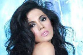 Miss Philippines Ariella Arida has huge support from previous pageant winner- Miss Universe 1969 Gloria Diaz.(Facebook)