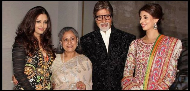 A family photo of Aishwarya Rai Bachchan with Amitabh Bachchan. (Photo: AshOfficial/Facebook)