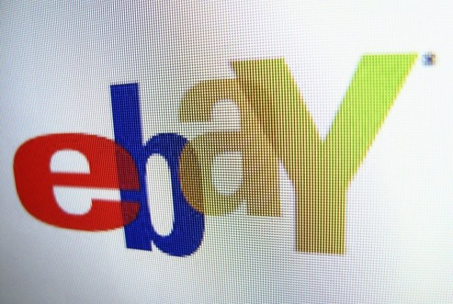 Ebay has apologised and removed dozens of Holocaust memorabilia following public uproar.
