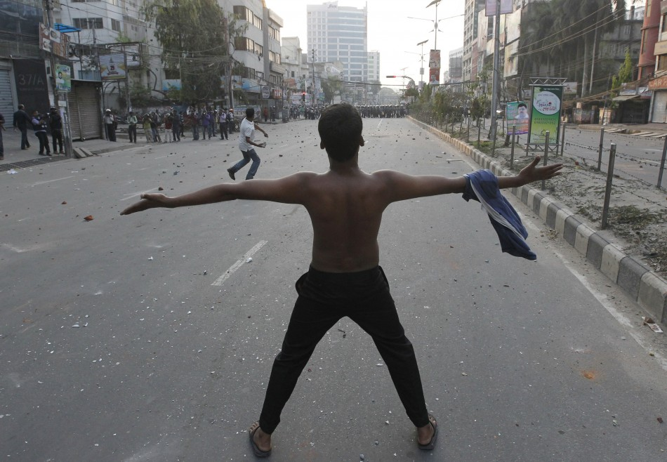 Jamaat-e-Islami supporters clash with police in Dhaka, Bangladesh on March 11, 2013.