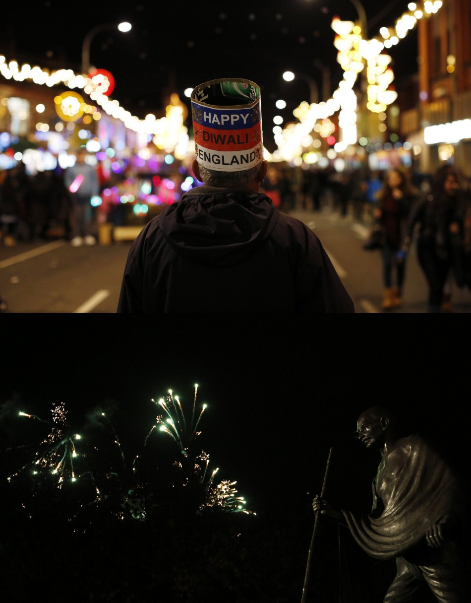 Fireworks expode over a statue of Mahatma Gandhi during Diwali celebrations in Leicester. (Photo: REUTERS/Darren Staples)