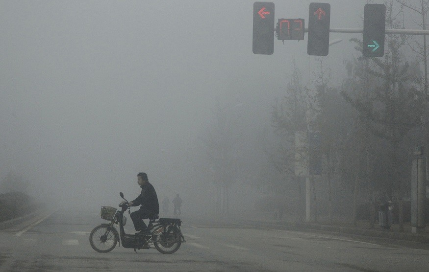 Parts of China have been covered in hazardous smog and pollution (Reuters)