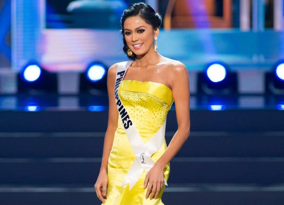 Ariella Arida, Miss Universe Philippines 2013, competes in her evening gown during the Preliminary Competition at Crocus City Hall on November 5, 2013. (Photo: Miss Universe L.P., LLLP)