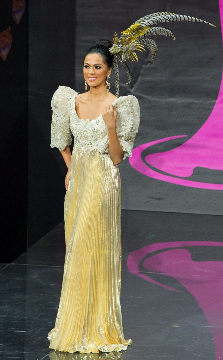 The traditional terno dress worn by Ariella Arida for national costume show. (Photo: Miss Universe L.P., LLLP)