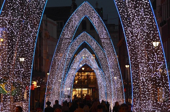 UK Christmas Lights Switch-On 2013: Where to Watch the Most ...:UK Christmas Lights Switch-On 2013: Where to Watch the Most Magical Xmas  Moments,Lighting
