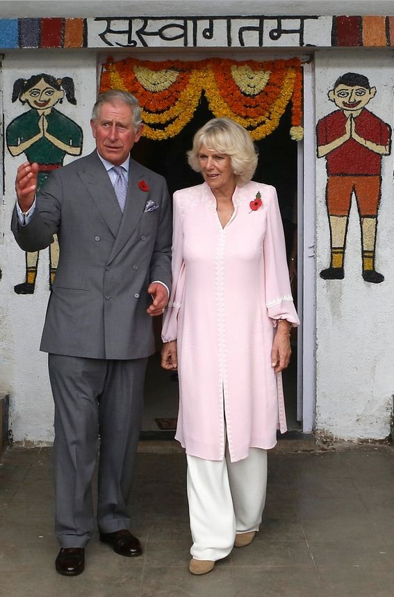 Camilla wore salwar suit-styled dress to visit a Mobile Creche in Mumbai. (Photo: Reuters)