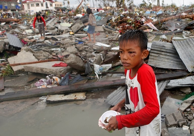 Super typhoon Haiyan have reportedly killed at least 10,000 people in the central Philippine province of Leyte alone.(Reuters)