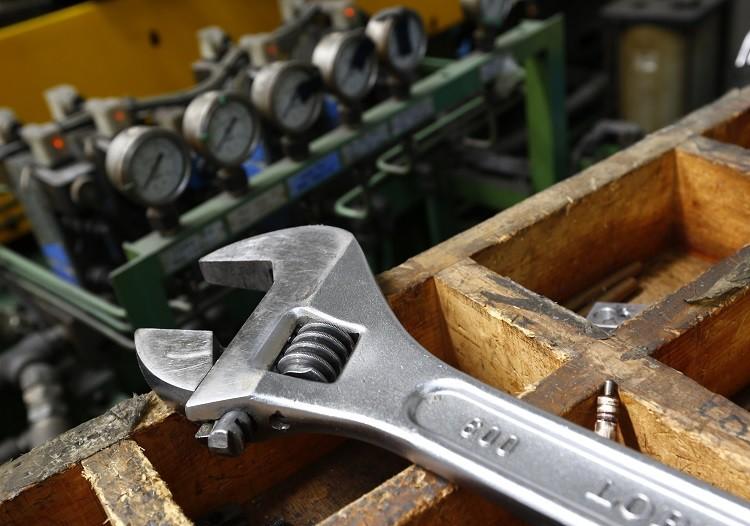 uk manufacturing sector CBI SME trends survey