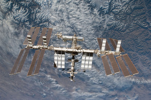 International Space Station Infected USB stick carried by russian Astronaut