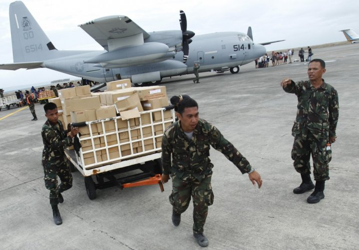 Typhoon Haiyan aid effort under way in Tacloban