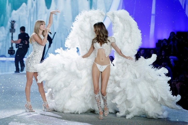 Singer Taylor Swift at the annual Victoria's Secret Fashion Show 2013