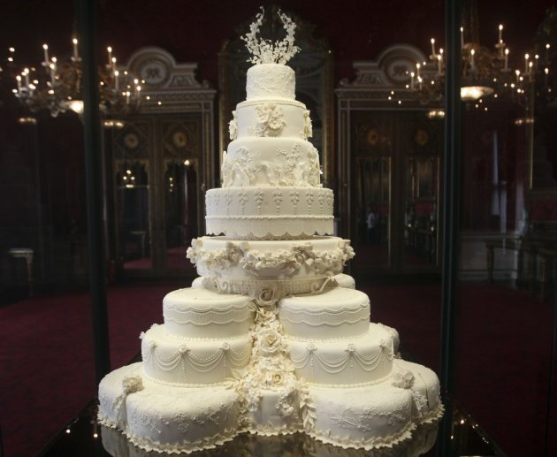 The part original part replica royal wedding cake of Prince William and Duchess of Cambridge put on display at Buckingham Palace in July 20, 2011. (Photo: Reuters)