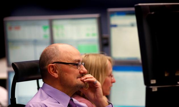 European markets witness mixed trade on 15 November