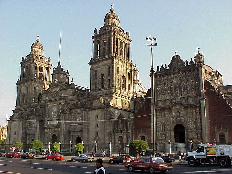Mexico is a new entry on top ten happiest countries' list for 2013 with 7.3 score in Life Satisfaction. In picture: Mexico City Cathedral (Photo: stock.xchng)