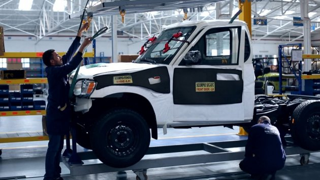 Medicars assembles pick-up trucks for India's Mahindra, as well as for Isuzu and Mitsubishi (Photo: Alfred Joyner, IBTimes UK)