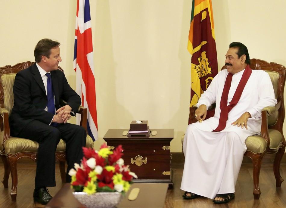Britain's Prime Minister Cameron holds talks with Sri Lankan president Mahinda Rajapaksa
