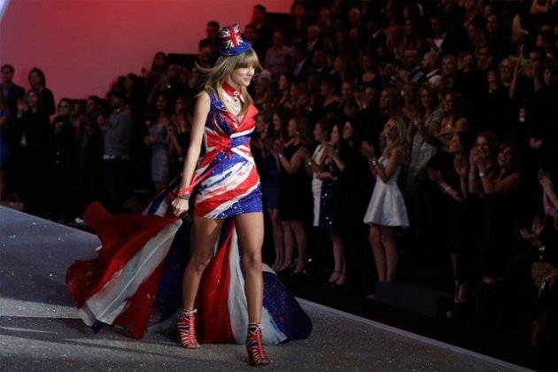 Taylor Swift's appearance at the Victoria's Secret Fashion Show 2013 (Reuters).