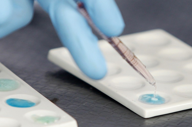 Quest data shows that US employees testing positive for drugs has dropped sharply since 1988 after reviewing more than 125 million urine drug tests administered from 1988 to last year. (Photo: Reuters)