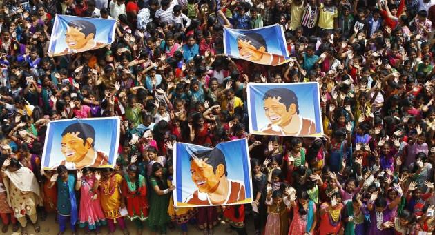 Indians idolise Sachin Tendulkar PIC: Reuters