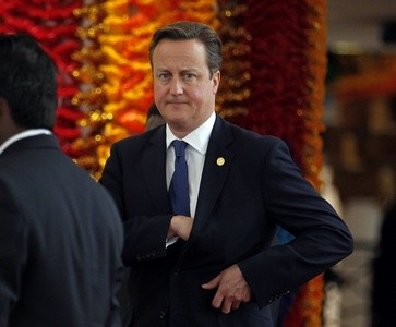 David Cameron arrives in Sri Lanka
