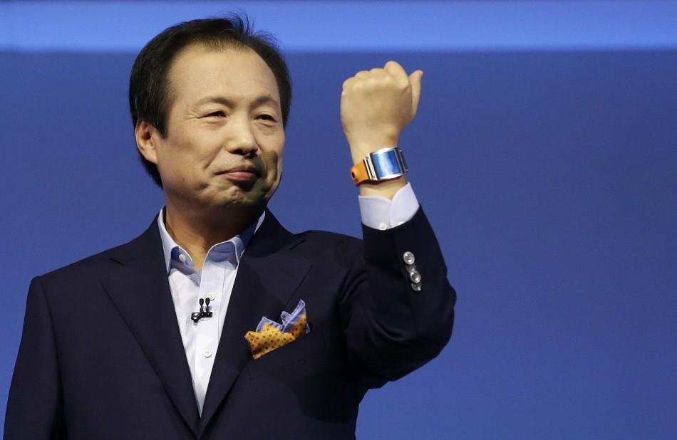 Samsung Galaxy Gear Sales Hit 800,000 in Two Months