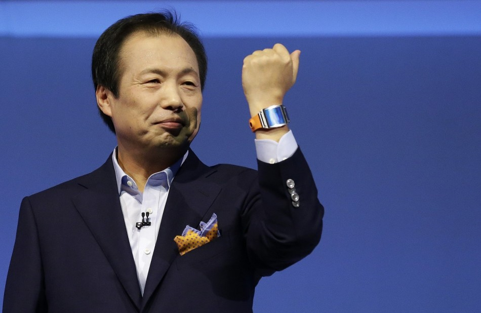 Samsung Galaxy Gear Sales Hit 800,000 in Two Months
