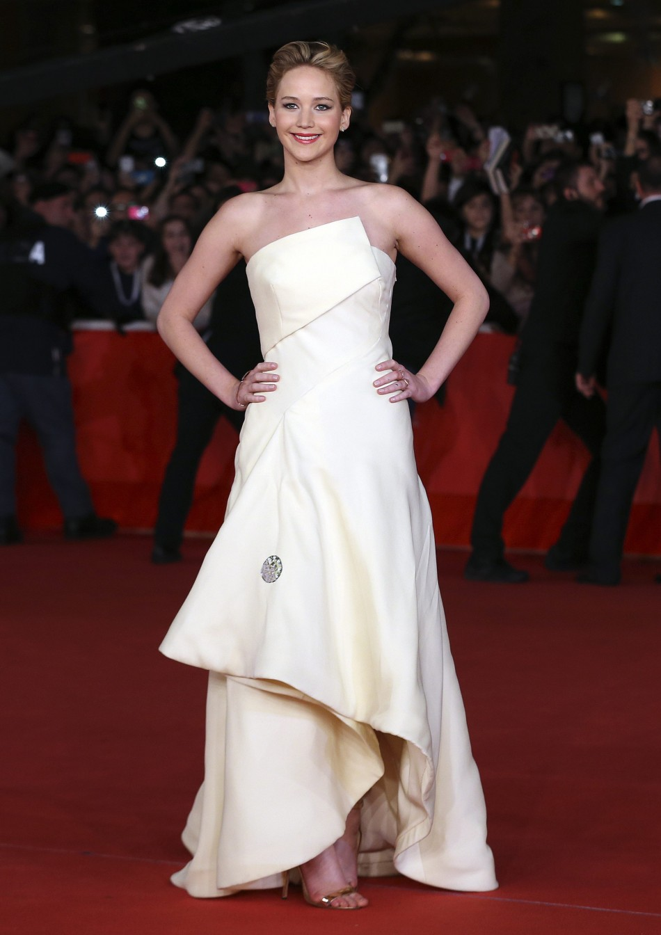 Cast Member Jennifer Lawrence Arrive for the Screening of the Movie 'The Hunger Games: Catching Fire' at the Rome Film Festival