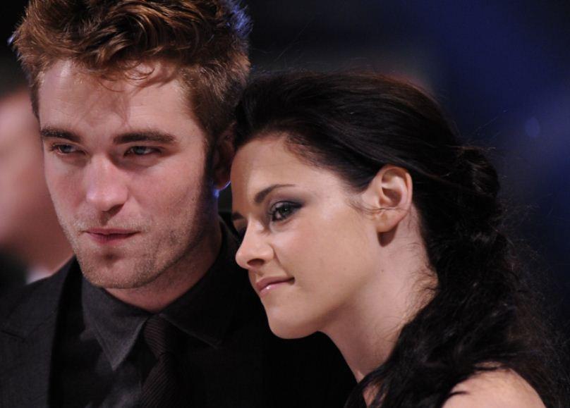 Kristen Stewart and Robert Pattinson Secretly Holing Up at LA Hotels/Reuters