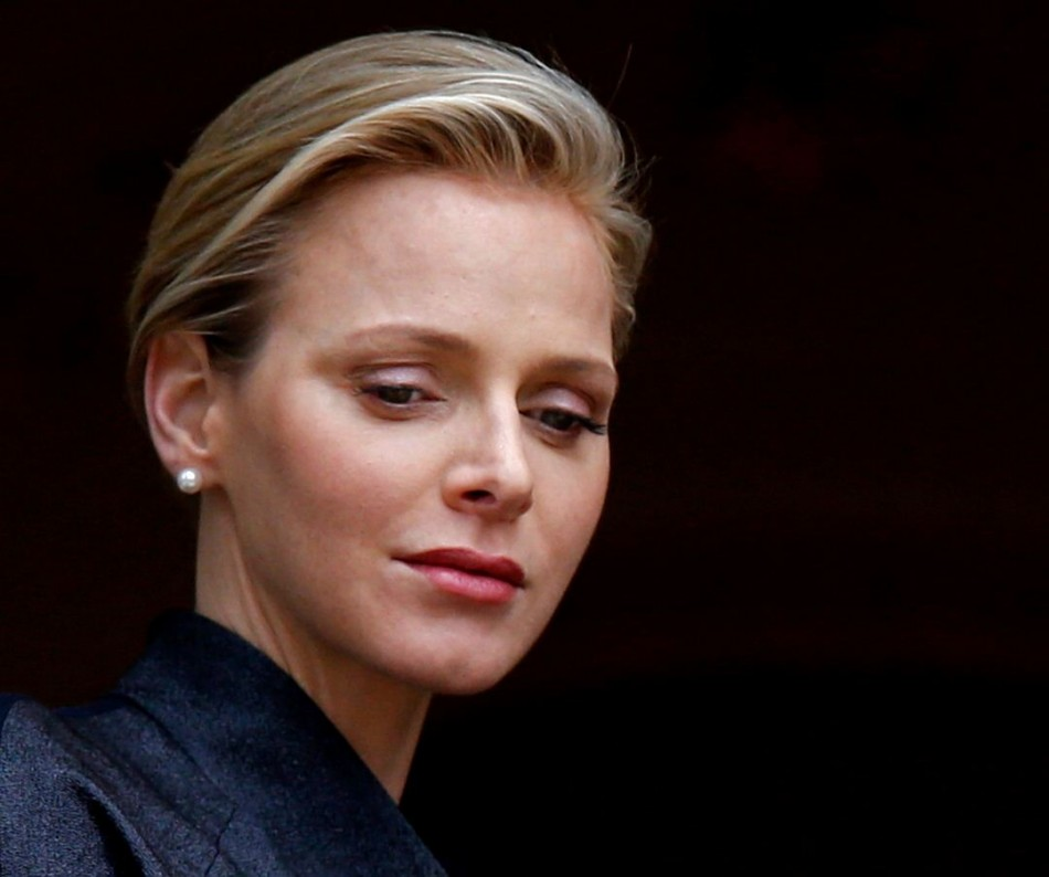 Princess Charlene of Monaco stands at the Palace balcony during Monaco's National Day November 19, 2013. (Photo: REUTERS/Eric Gaillard)