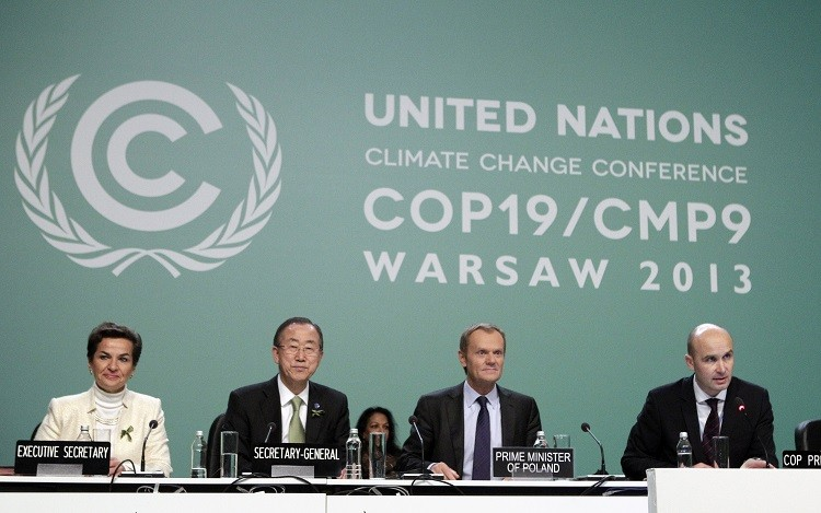(L-R) Christiana Figueres, executive secretary of the UN Framework Convention on Climate Change (COP), UN Secretary General Ban Ki-moon and Polish Prime Minister Donald Tusk listen to Polish Environment Minister Marcin Korolec during the COP19 conference at the National Stadium in Warsaw November 19, 2013 (Photo: Reuters)