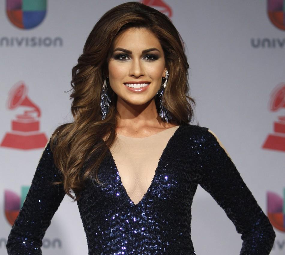 Miss Universe, Maria Gabriela Isler of Venezuela, poses backstage during the 14th Latin Grammy Awards in Las Vegas, Nevada November 21, 2013. (Photo: REUTERS/Steve Marcus)