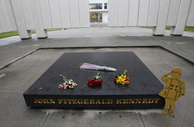 JFK Memorial Plaza