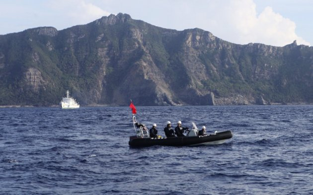 China declares air-defence zone over disputed islands