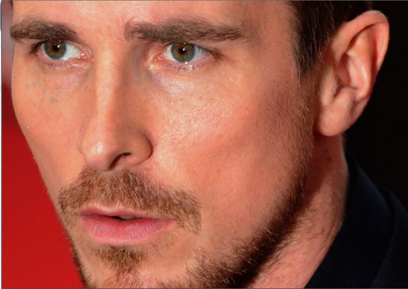 Christian Bale Gives Tips to the Next Batman/Reuters