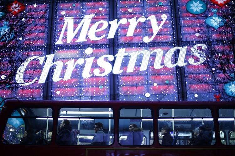 UK retail Christmas