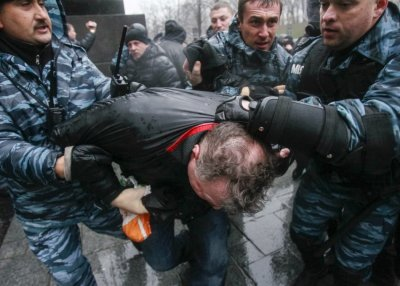 Ukraine Police clash Kiev