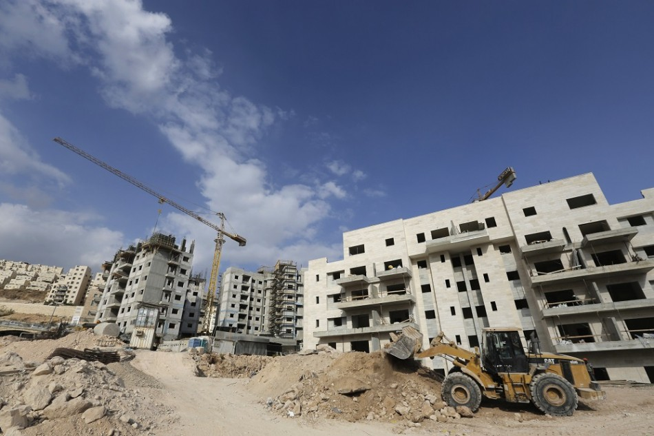 Israel approves 800 settlements