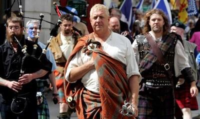 "Scottish historian David Ross as ""Braveheart"""
