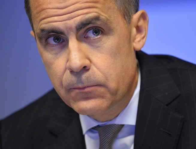 "The Bank of England's governor Mark Carney has hit back at critics of the financial services industry by saying that banker bonuses are ""absolutely too crude"""