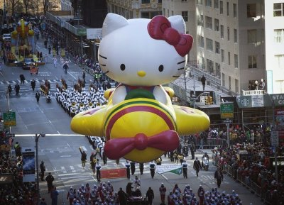 The Hello Kitty inflatable in 6th Avenue during the Thanksgiving Day Parade, New York