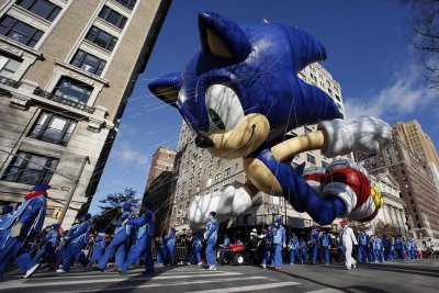 Sonic the Hedgehog inflatable at the Thanksgiving Day Parade in New York