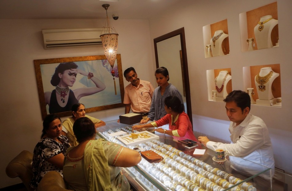 Short-Supply of Gold in India Forces Families to Recycle Heirlooms in the Wedding Season