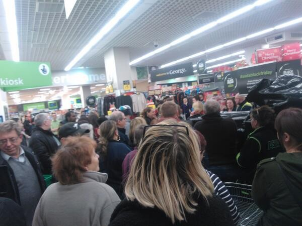 Hundreds of shoppers crammed into Asda stores across the UK to brag a bargain (Twitter/Joshua Burns)