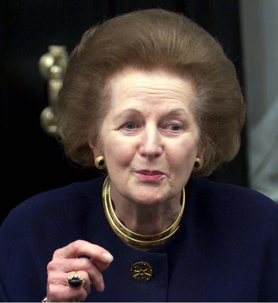 Former prime minister Margaret Thatcher gives a statement outside her Belgravia home in 2000.